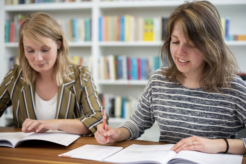 Laagdrempelige aandacht voor taalbewustzijn in het onderwijs